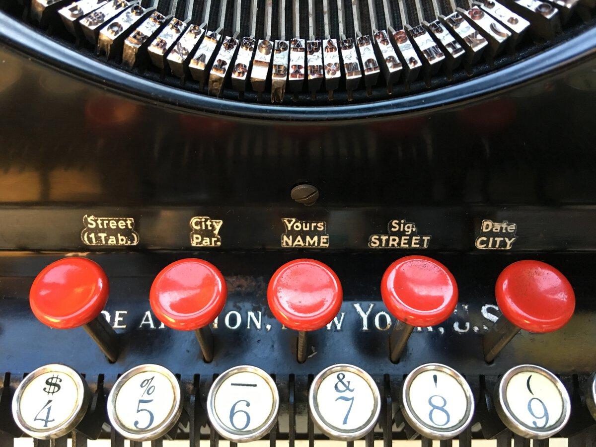 The 5 red tab keys
